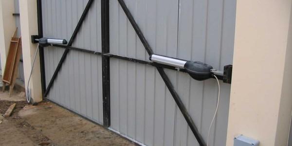 Автоматика для распашных ворот. Купить автоматику для распашных ворот.