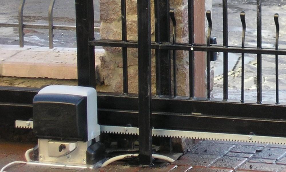 Автоматика для откатных ворот. Купить автоматику для откатных ворот.