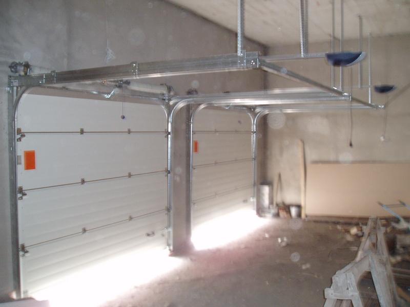 Как утеплить автоматические гаражные ворота своими руками