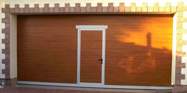 Гаражные ворота Алютех. Купить гаражные ворота алютех.