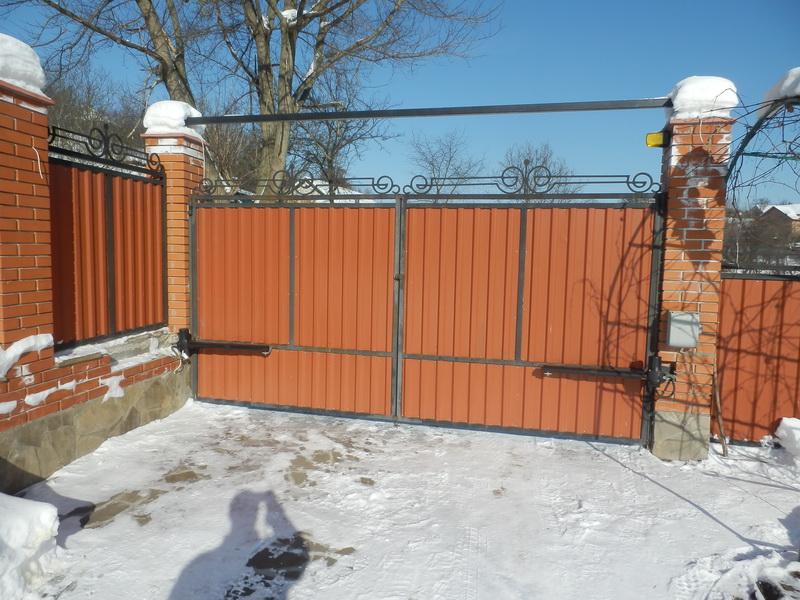 Распашные ворота проект 8
