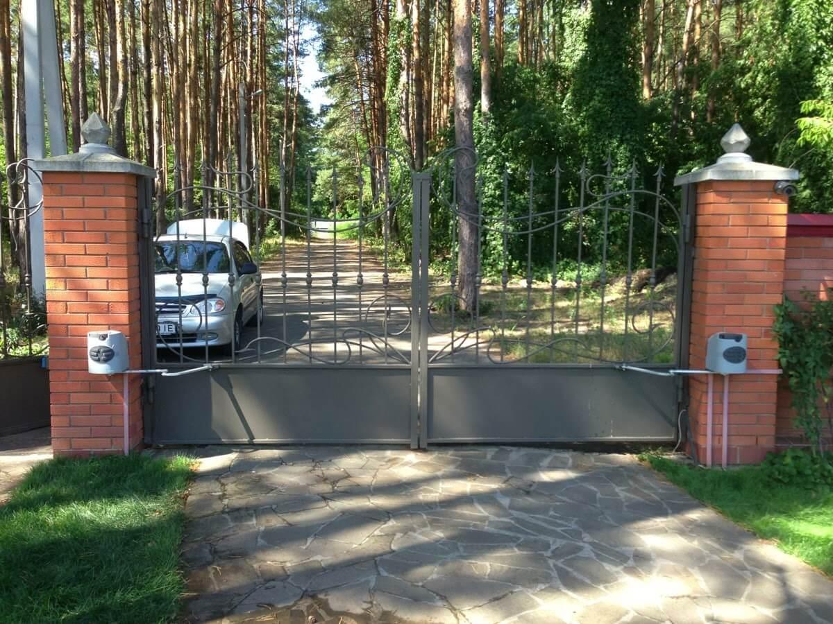 Распашные ворота проект 28