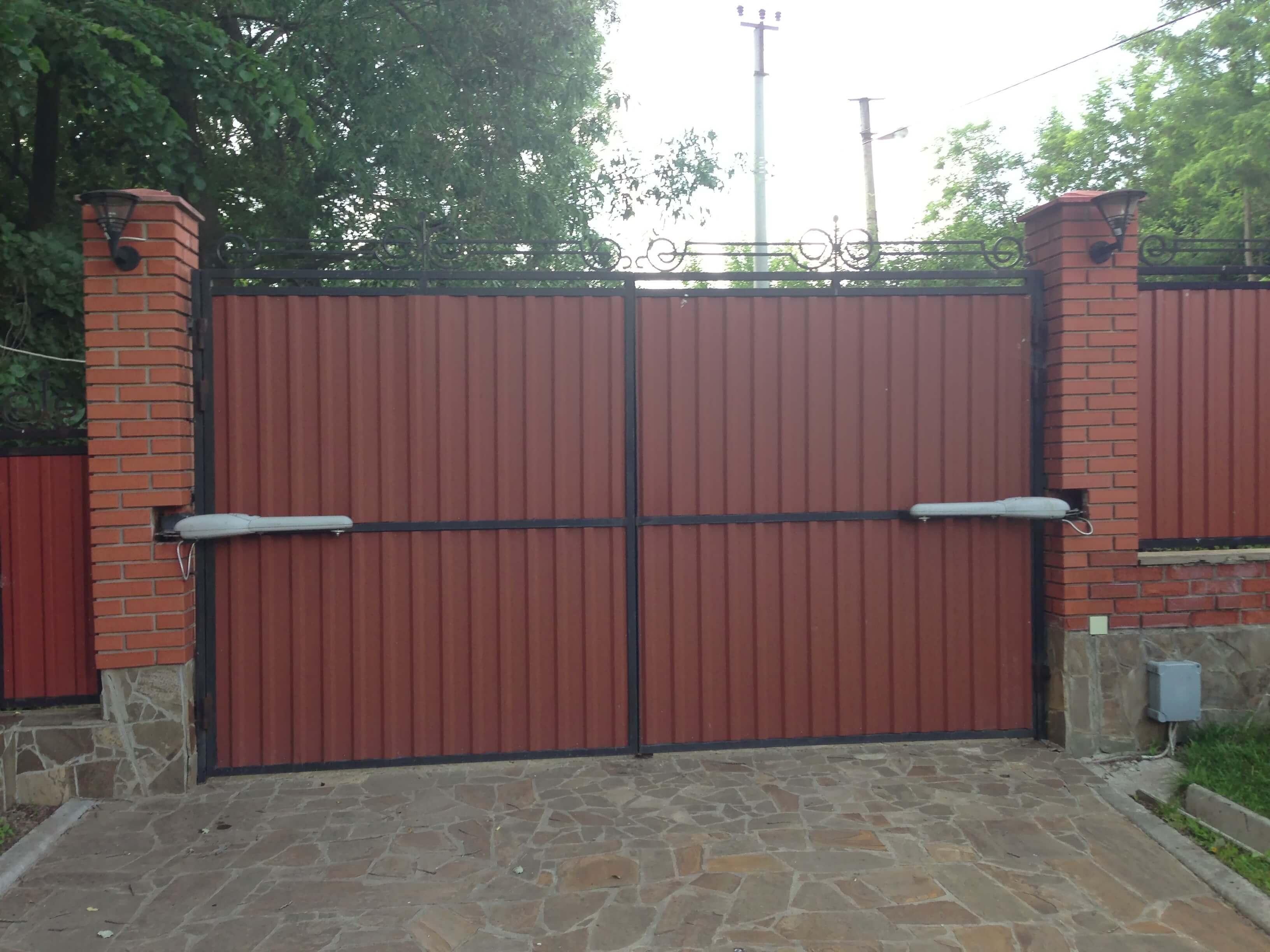 Распашные ворота проект 30